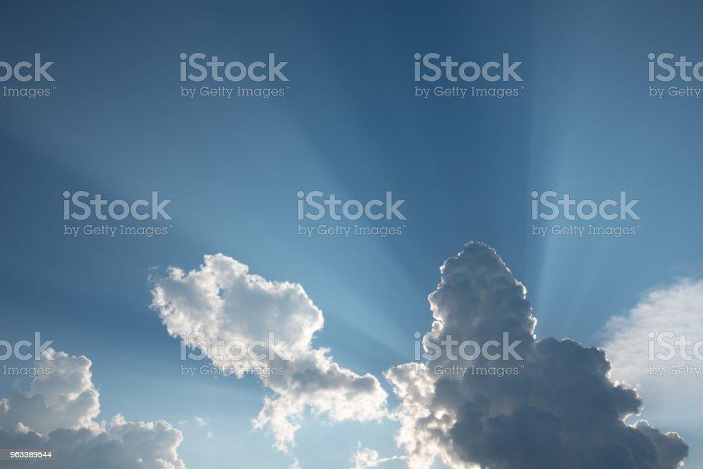 Blå himmel med moln. - Royaltyfri Abstrakt Bildbanksbilder