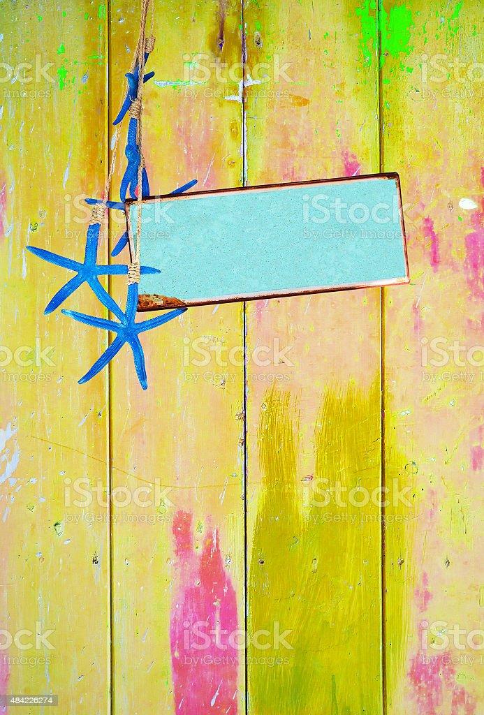 Estrela-do-mar azul turquesa e espaço na Amarela - foto de acervo