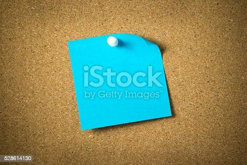 istock Blue sticky note 528614130