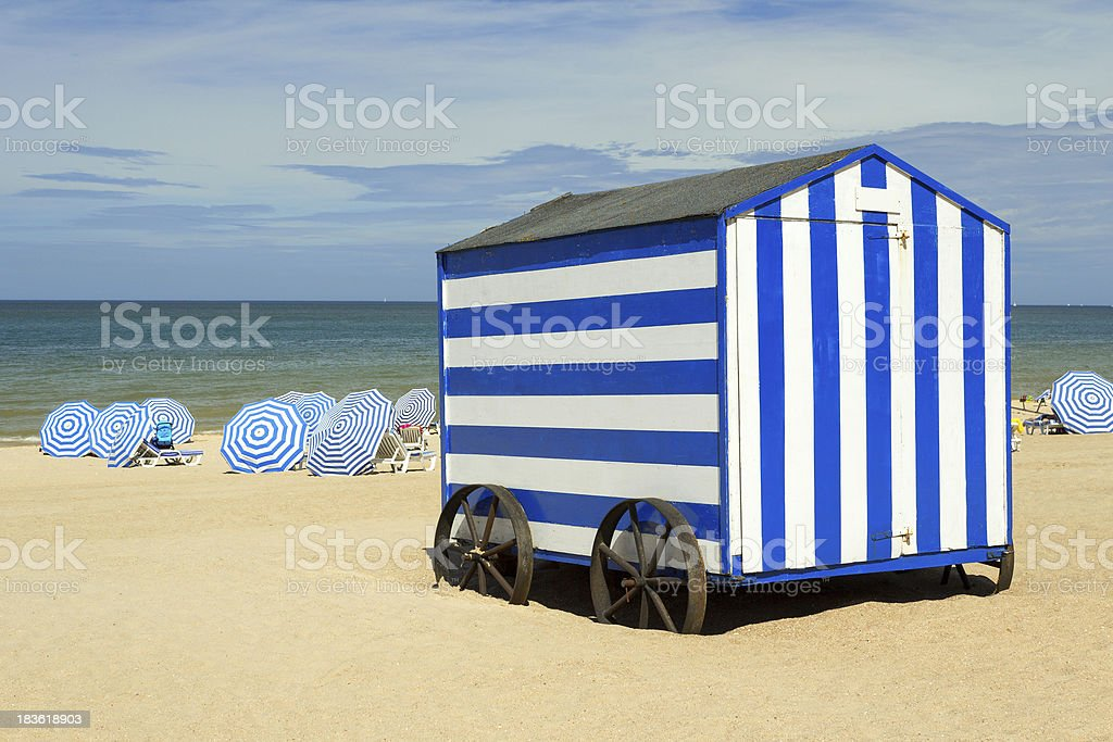 Blue stripped beach cabin, Northsea, De Panne, Belgium​​​ foto