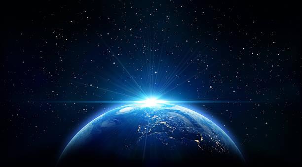 nascer do sol azul, vista da terra do espaço - exploração espacial - fotografias e filmes do acervo