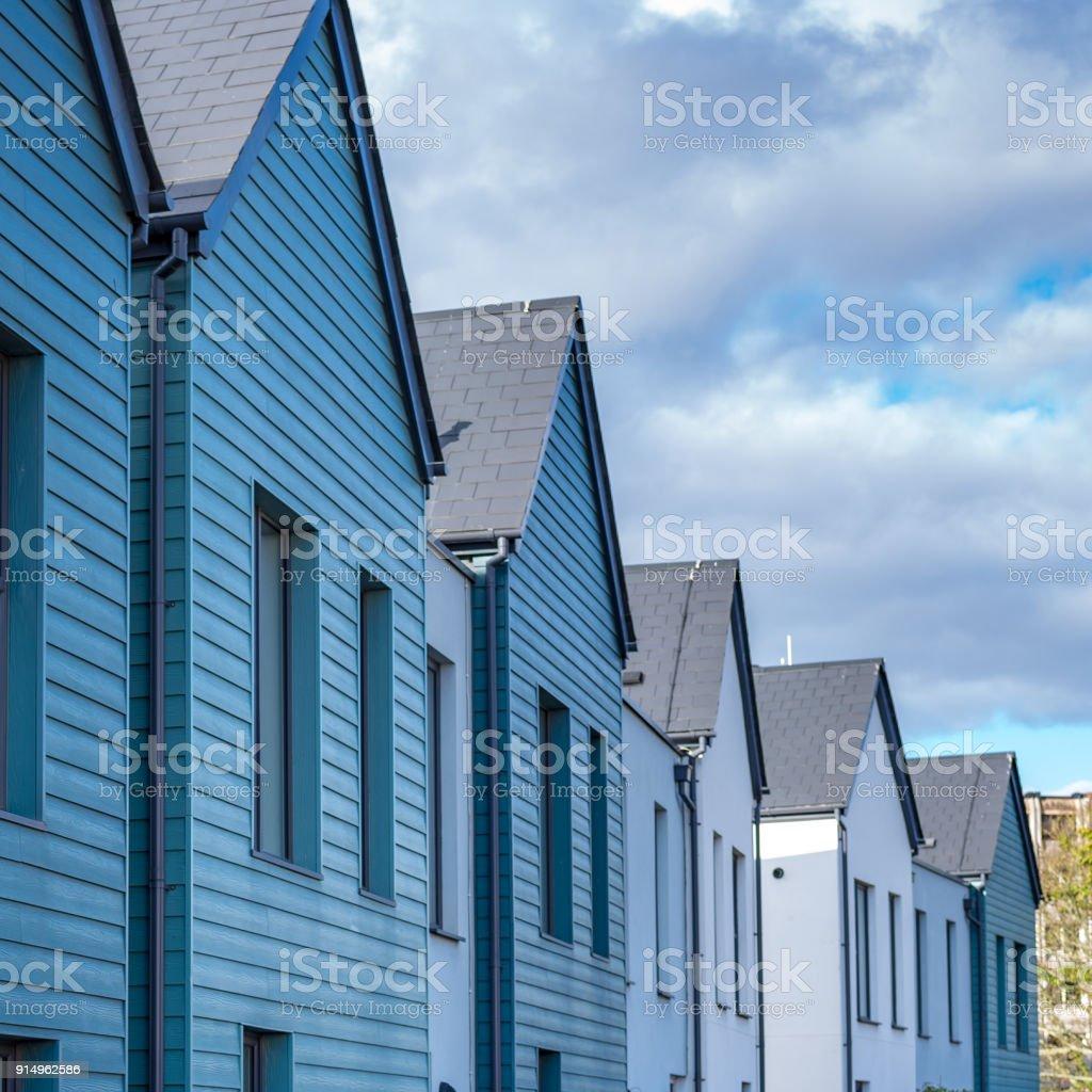 Casas De Madera Azul En Terrazas Foto De Stock Y Más Banco