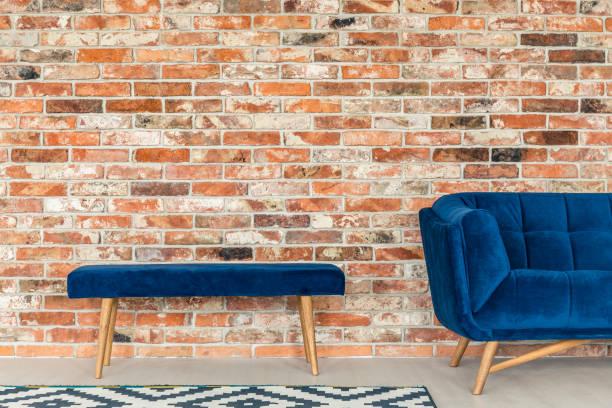 blue upholstered bench - gepolsterte bank stock-fotos und bilder