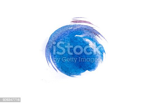 istock Blue watercolor circle isolated on white background 926347716