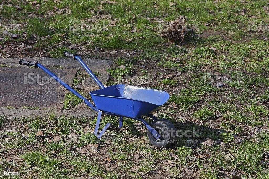 Blu carriola foto stock royalty-free