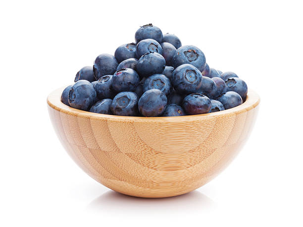 blueberries in bowl - blåbär bildbanksfoton och bilder
