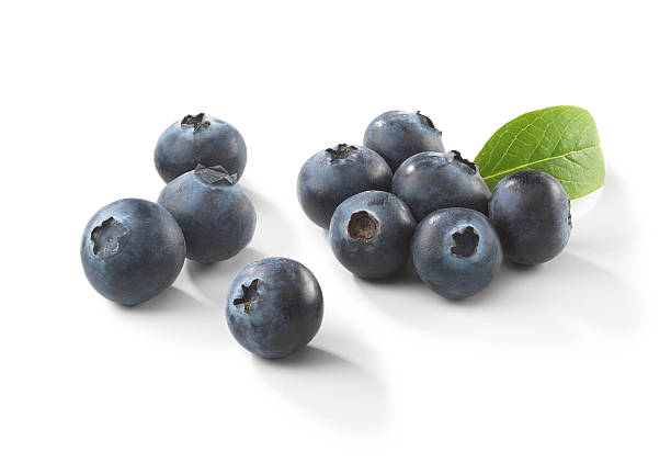 blueberries with leaf - blueberry stock pictures, royalty-free photos & images