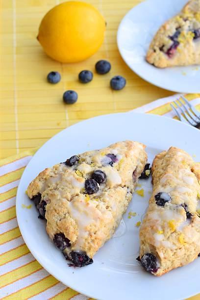 blueberry lemon scones - scone bildbanksfoton och bilder