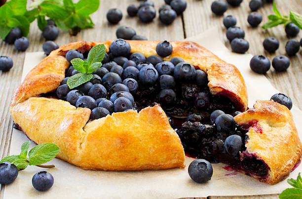 blueberry pie. - blueberry pie stock pictures, royalty-free photos & images