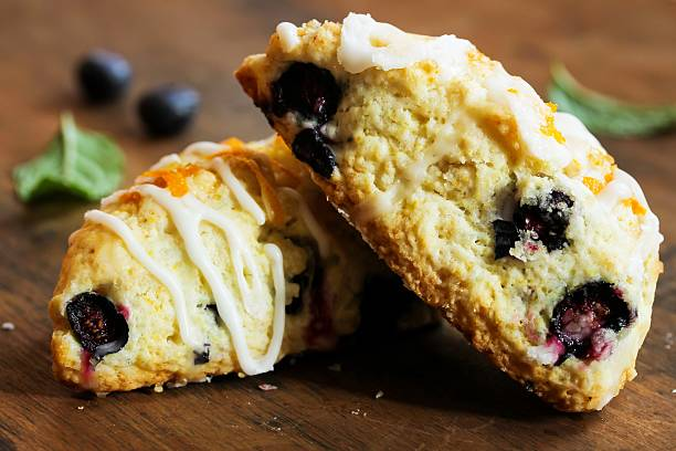 blueberry scone homemade - scone bildbanksfoton och bilder