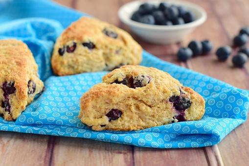Blueberry Scones-foton och fler bilder på Blå