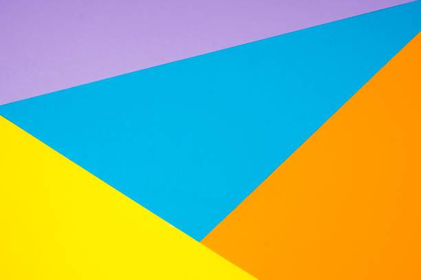 Blau, Orange, grau und lila Papiere in einem geometrischen flachen CompositionColored Papier in eine flache geometrische Komposition – Foto