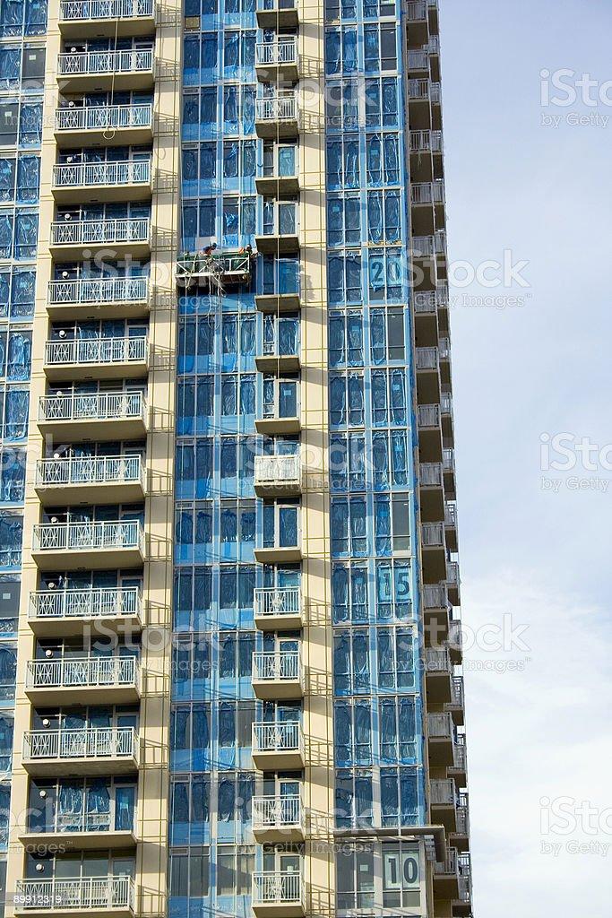 Azul-Envueltas condominios foto de stock libre de derechos