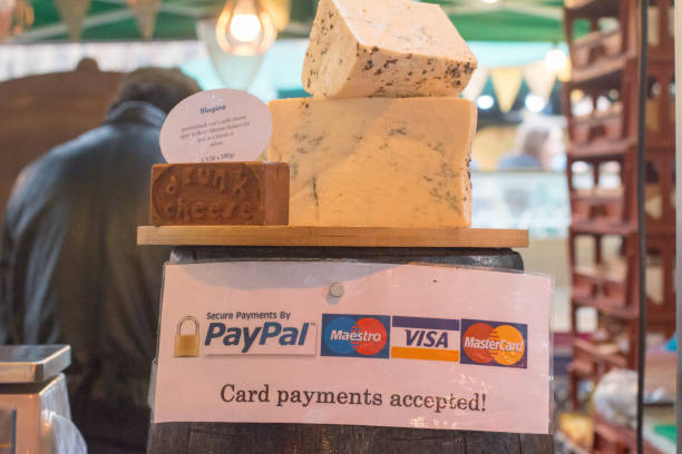 blugins cheese in borough market, london - paypal foto e immagini stock