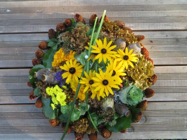 Blumenkranz - Herbst stock photo