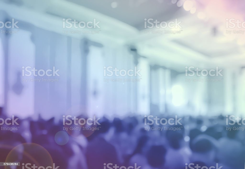 blur clouded customers in hotel ballroom and monitor at night – Foto