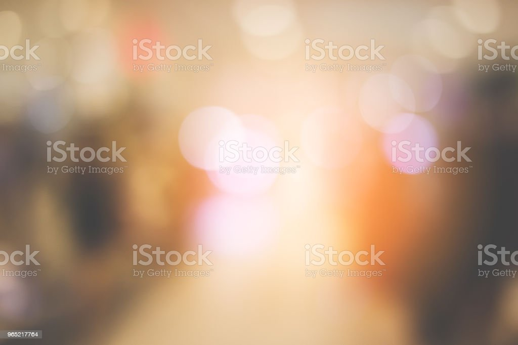 blur image background of hall in shopping mall with people zbiór zdjęć royalty-free