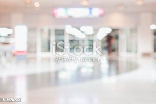 istock Blurred abstract background of office or hospital location. 813629200
