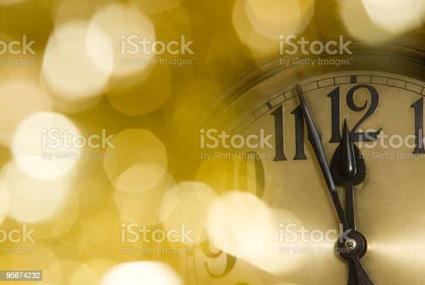 Uhr Stockfoto und mehr Bilder von Farbbild