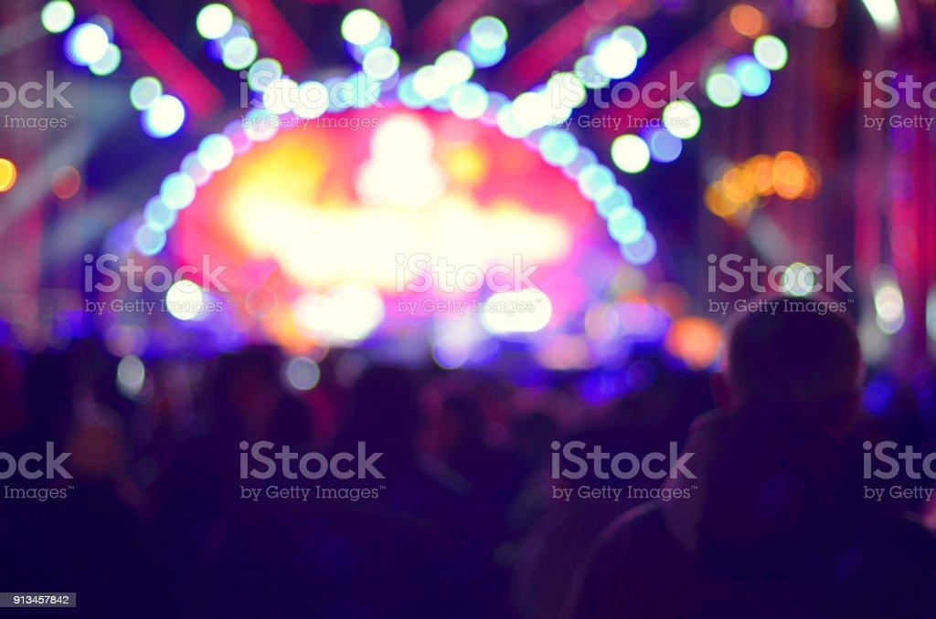 Hintergrund unscharf Bokeh Beleuchtung im Konzert mit Publikum, Showbiz Musikkonzept – Foto