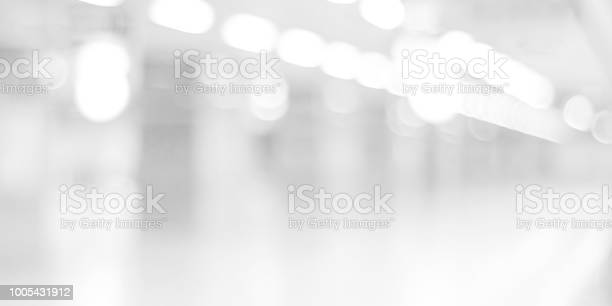 Blurred black and white background blur office with bokeh light picture id1005431912?b=1&k=6&m=1005431912&s=612x612&h=stazdgs9d0q l4rdgfmn4udrjdff1fuh0yvial3o09y=