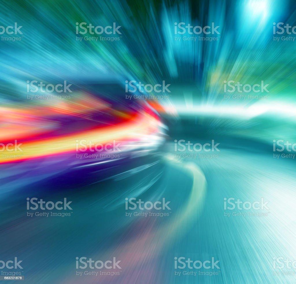 車の夜のトラフィックのボケ ライトをぼやけています。背景のボケ味。多重の背景 ロイヤリティフリーストックフォト