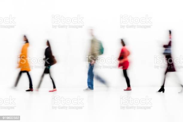 Blurred commuters picture id919602332?b=1&k=6&m=919602332&s=612x612&h=uc3ipf16u2arzy1cifqa7dxfbhhpuyspjofzbtb9wey=