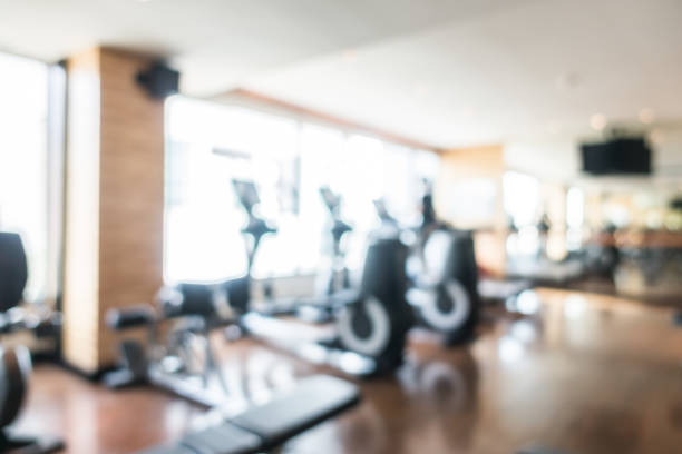 Blurred fitness gym – Foto