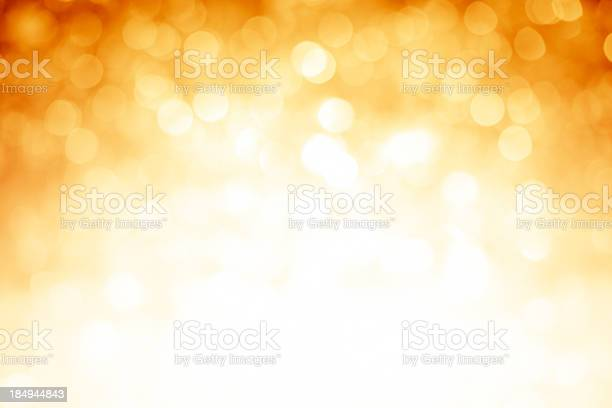 Blurred gold sparkles background with darker top corners picture id184944843?b=1&k=6&m=184944843&s=612x612&h=v9z yzr4wadbjfv 4adwxkx6eqbpipmwtumztj eflo=