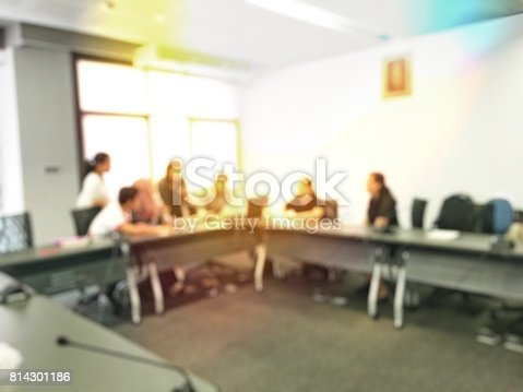 831720990istockphoto Blurred image of education people sitting in meeting room for profession seminar or education media discussion for present the new project. 814301186