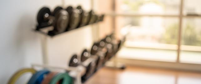 배너 피트 니스 운동 개념에 대 한 피트 니스 체육관 배경 흐리게 0명에 대한 스톡 사진 및 기타 이미지