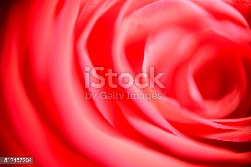 908708148 istock photo Blurred red background 512457204