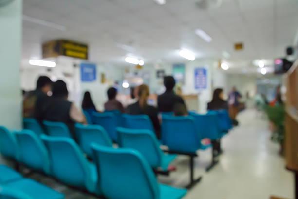 Unscharfem unscharf Bild von patient Arzt im Krankenhaus wartet auf – Foto