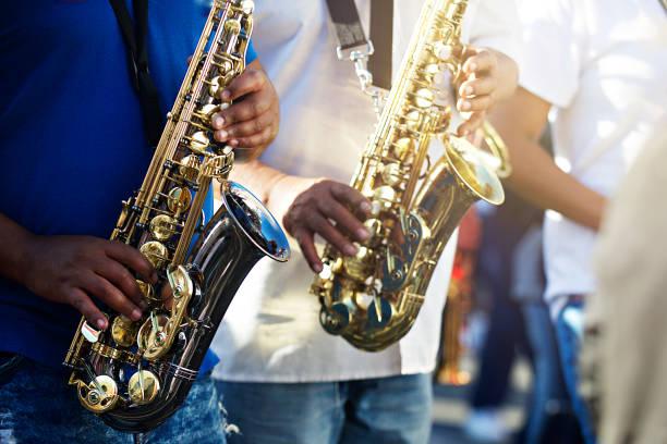 bo kaap kaapse klopse saksofon - caz stok fotoğraflar ve resimler