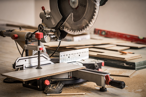 istock Board and miter saw 658081556