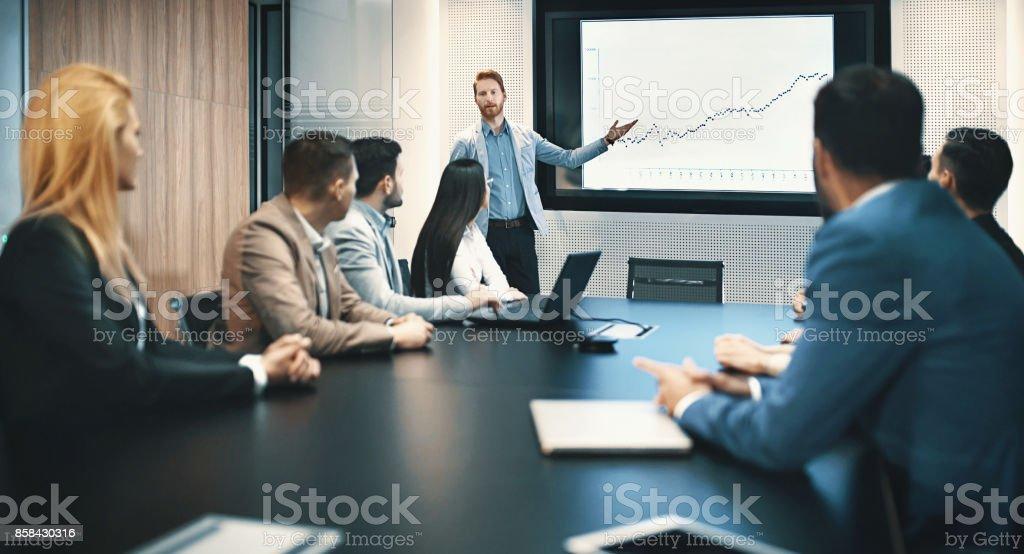 Reunión de la sala de junta. - foto de stock