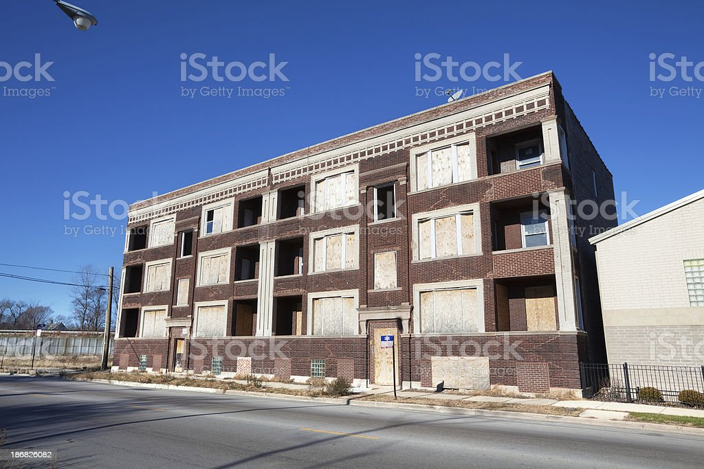 Boarded up Edwardian apartment building in Greater Grand Crossin royalty-free stock photo