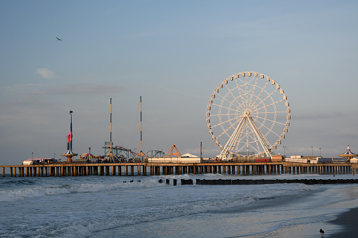 An early rise and stroll along the jersey shore gives way to plentiful sightseeing along the famous Atlantic city oceanfront.
