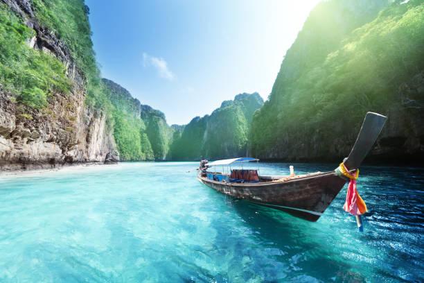 Boot und schöne Meer, Phi Phi Island, Thailand – Foto