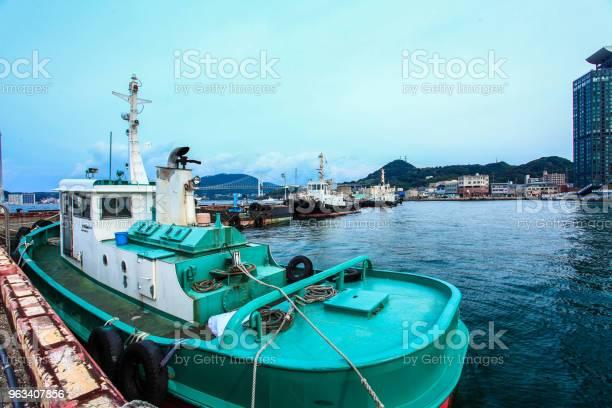 Łódź Na Molo Mojiko Retro Japonia - zdjęcia stockowe i więcej obrazów Antyczny