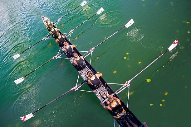 ボート舵手付き 8 - パドルスポーツ ストックフォトと画像