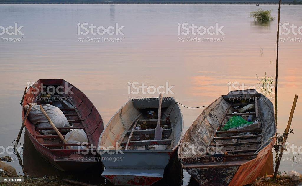 Boot in Damm Lizenzfreies stock-foto