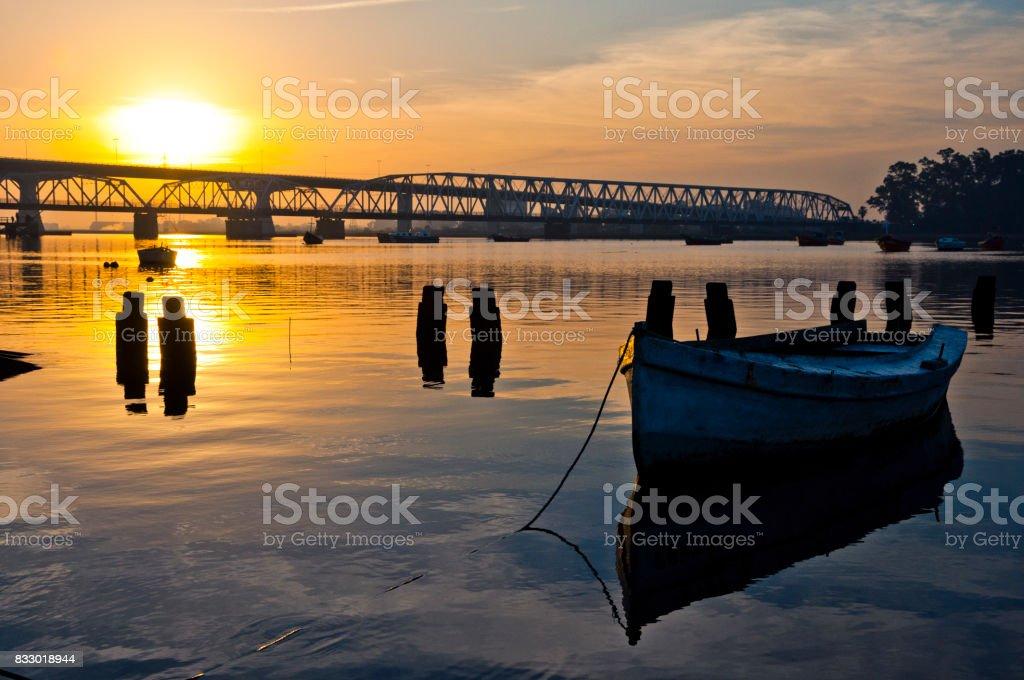Bote en el río - Photo