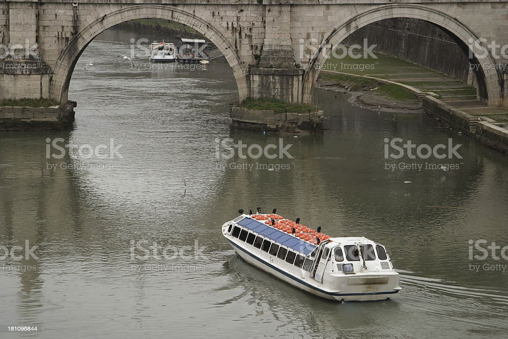 Boot auf dem Tiber – Foto