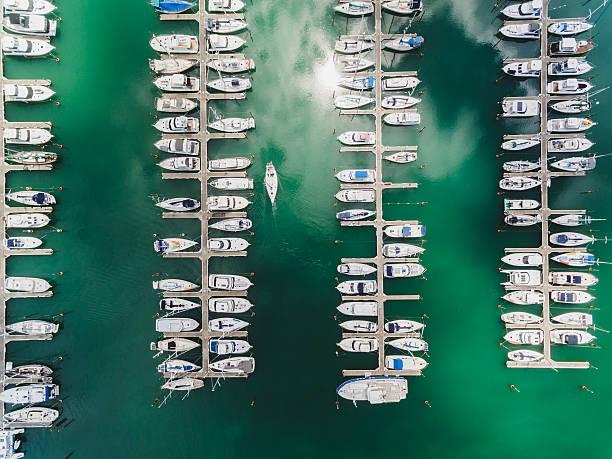 boat parking aerial view. - 마리나 뉴스 사진 이미지