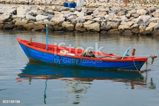 istock boat 625158198