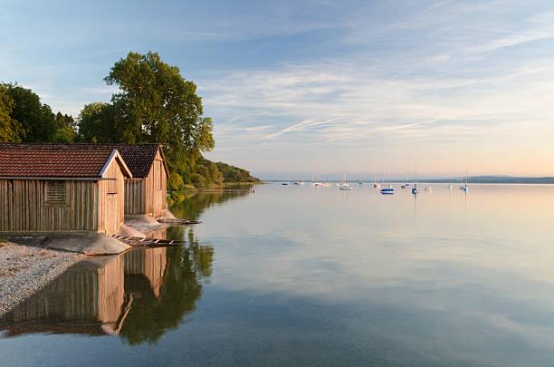 Bootshäusern erfunden am Lake Ammersee – Foto