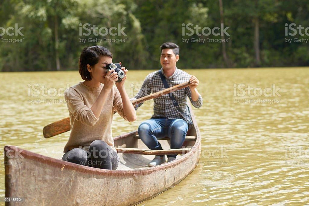 couple en bateau photo libre de droits
