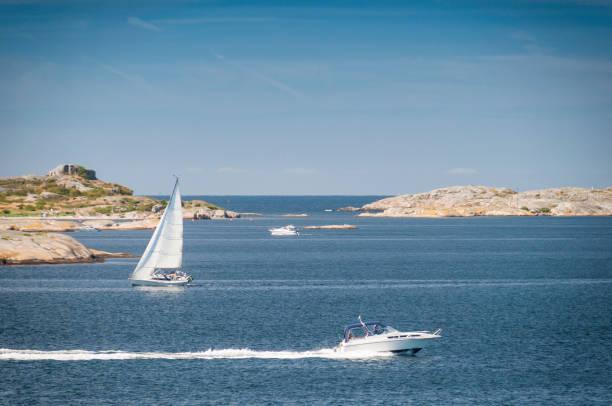 boating - bohuslän nature bildbanksfoton och bilder