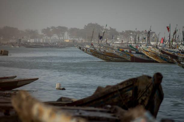 boats in sant louis. - st louis стоковые фото и изображения